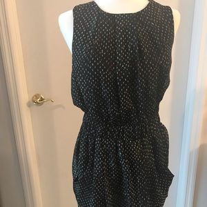Party dress with metallic thread and pockets!